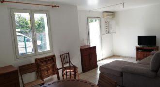 Studio meublé et climatisé, Saint Joseph
