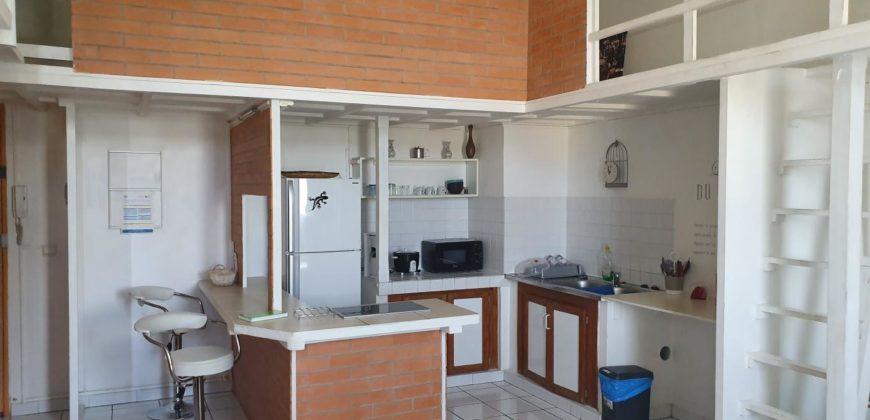 Charmant appartement meublé, Saint Pierre