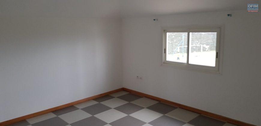 Appartement F3 belle vue, Etang Salé