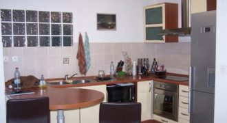 Grand appartement F2, Tampon