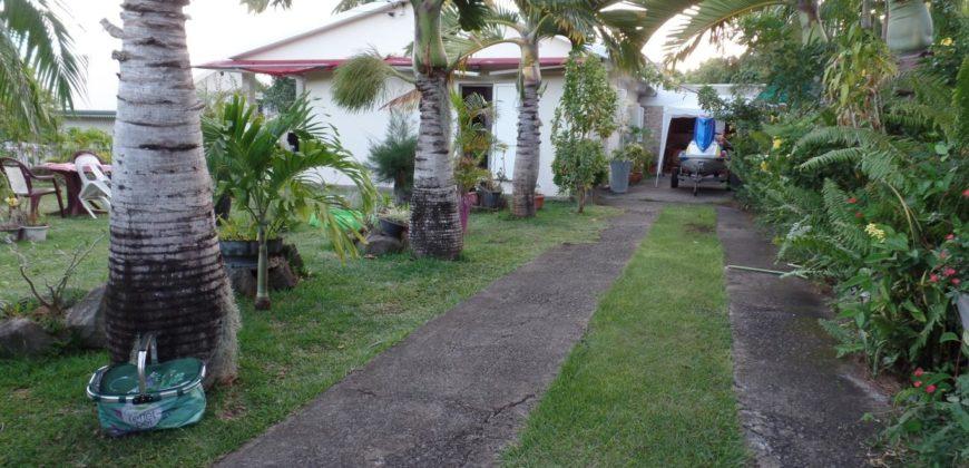 Grande villa de plain-pied, Etang Salé