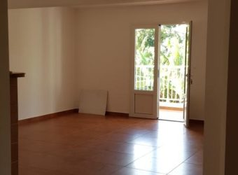 Charmant appartement F2, Saint Benoit