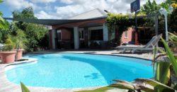 Grande maison F5 avec piscine, Etang Salé