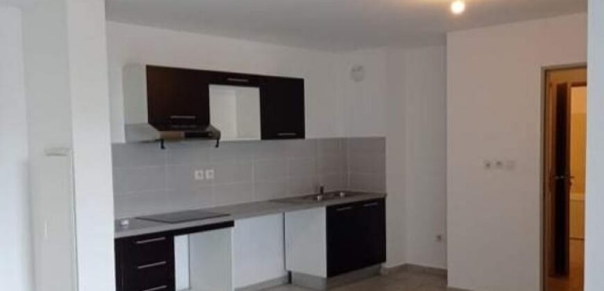 Bel appartement F3, Saint Pierre