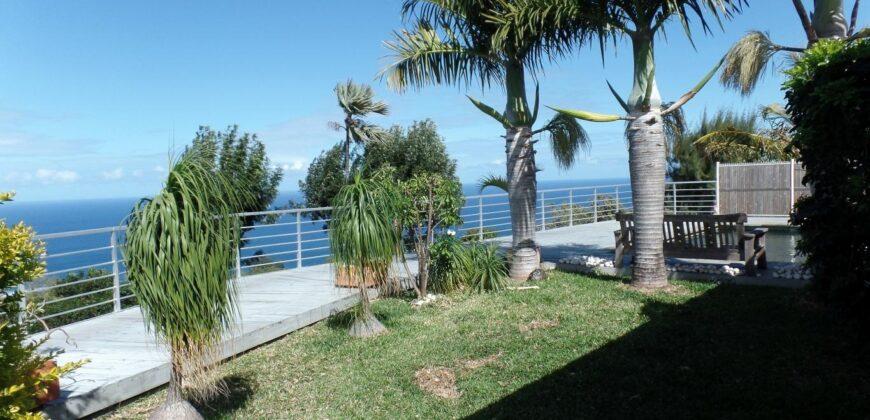 Moderne villa T5 bien agencée avec vue imprenable sur mer, Avirons